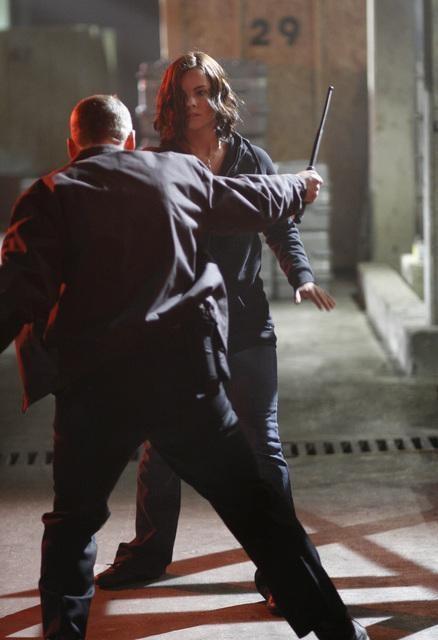 Jaimie Alexander in una scena dell'episodio d'apertura della terza stagione di Kyle XY: It happened one night
