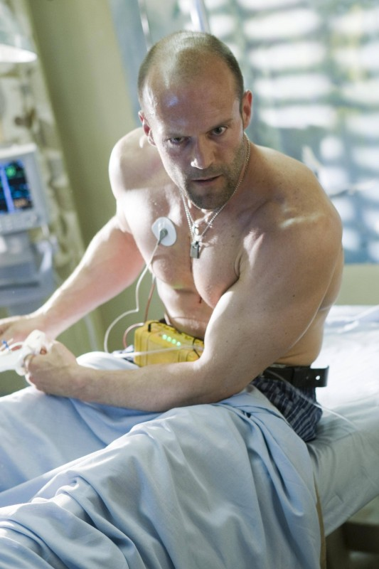 Jason Statham interpreta Chev Chelios nel film Crank 2: High Voltage