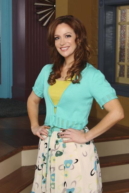 Rebecca Creskoff in una foto promozionale della serie J.O.N.A.S!