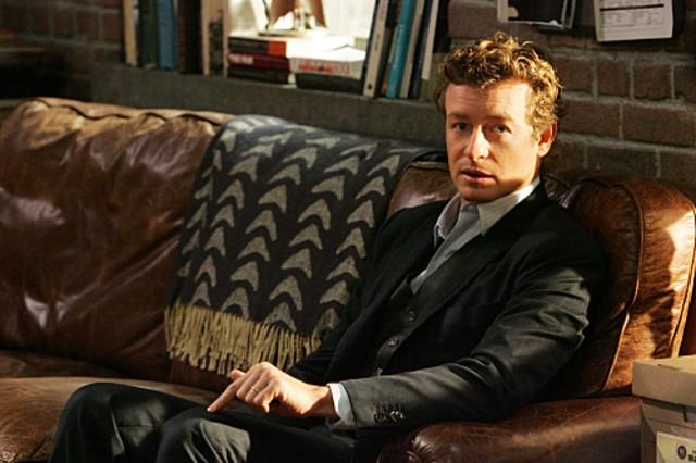 Simon Baker in una scena dell'episodio Russet Potatoes della serie The Mentalist