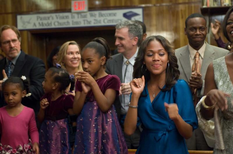 Will Patton e Nicole Beharie in una scena del film American Violet