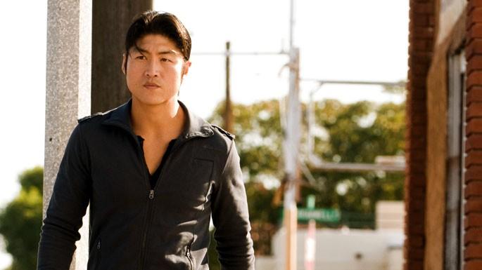 Brian Tee in un momento dell'episodio 'F-36, Sprint Left, T-4' della serie tv Crash