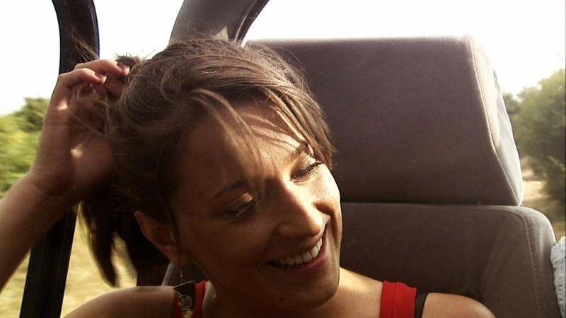 Elisa Sensi è Nicole nel film IN THE MARKET