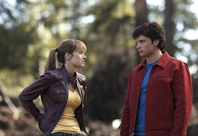 Erica Durance con Tom Welling nell'episodio ' La ragazza di Krypton ' della settima stagione di Smallville