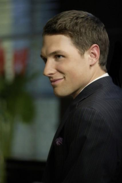 Michael Cassidy in una scena dell'episodio ' Mostro da meteorite ' della serie tv Smallville