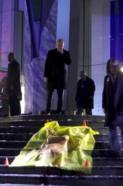 Micheal Rosenbaum in una scena drammatica dell'episodio 'Il medaglione del potere' della serie tv Smallville