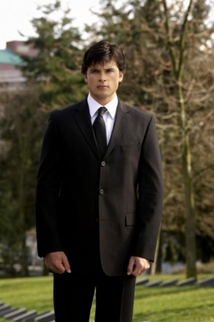 Tom Welling nell'episodio 'Il medaglione del potere' della serie tv Smallville