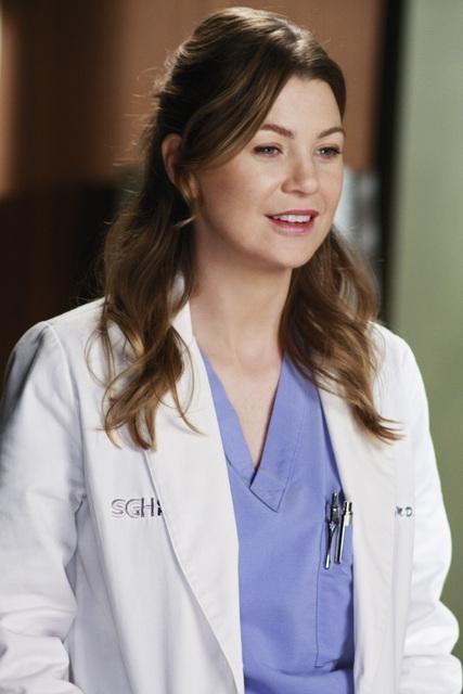 Ellen Pompeo in una scena dell'episodio I Will Follow You Into the Dark di Grey's Anatomy