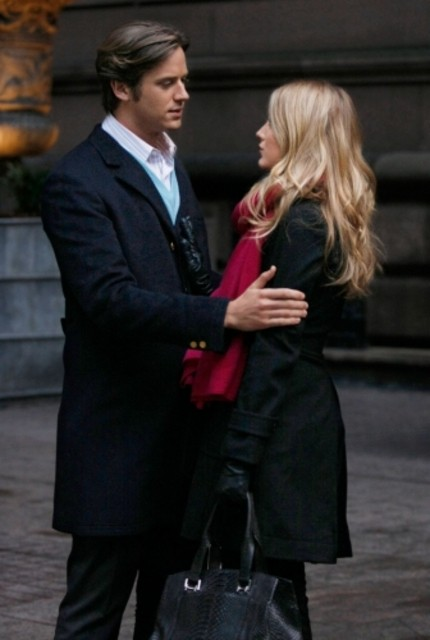 Blake Lively ed Armie Hammer in una scena dell'episodio The Wrath of Con di Gossip Girl