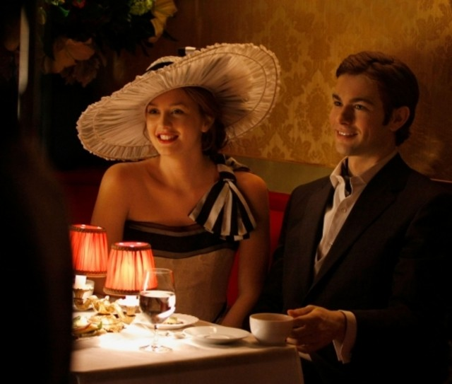 Chace Crawford insieme a Leighton Meester nell'episodio Seder Anything di Gossip Girl