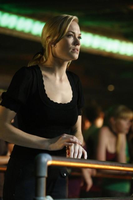 Yvonne Strahovski in una scena dell'episodio 'Chuck Versus the Third Dimension ' della serie tv Chuck