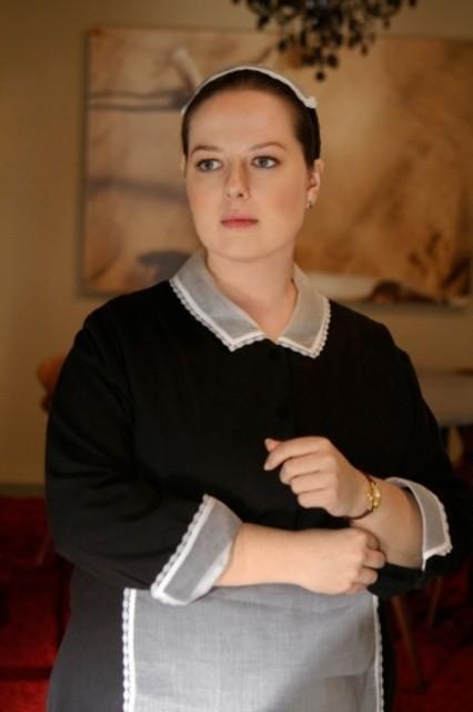 Zuzanna Szadkowsk in una scena dell'episodio Seder Anything di Gossip Girl