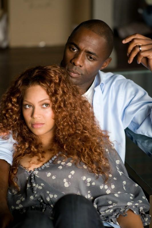Beyoncé Knowles e Idris Elba in una scena del film Obsessed