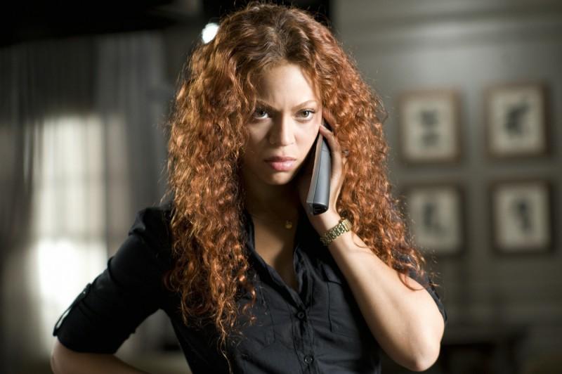 Beyoncé Knowles è Sharon Charles nel film Obsessed