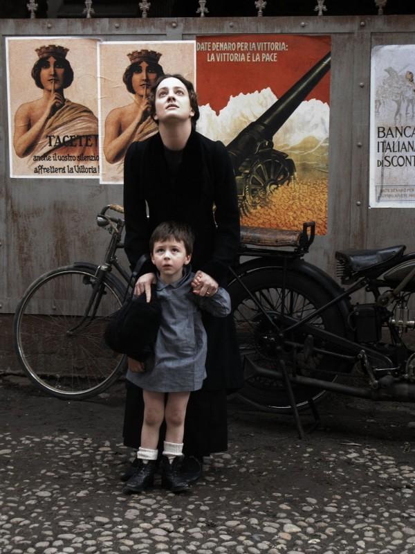 Giovanna Mezzogiorno in una scena di 'Vincere'
