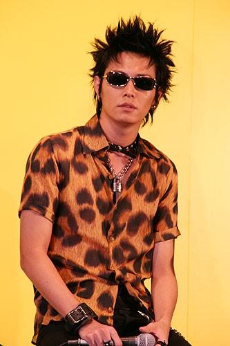 """Kyou Nobuo al Eiga.com's """"NANA 2"""" Press Conference Photos"""