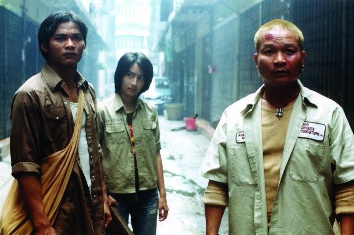 Petchtai Wongkamlao in una scena di Ong Bak - Nato per combattere