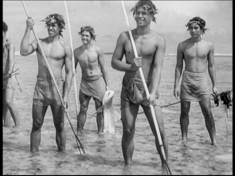 Sequenza del film Tabù, diretto da F.W. Murnau nel 1931