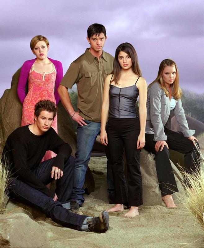 Brendan Fehr, Majandra Delfino, Jason Behr, Shiri Appleby e Katherine Heigl nella 1 season di Roswell