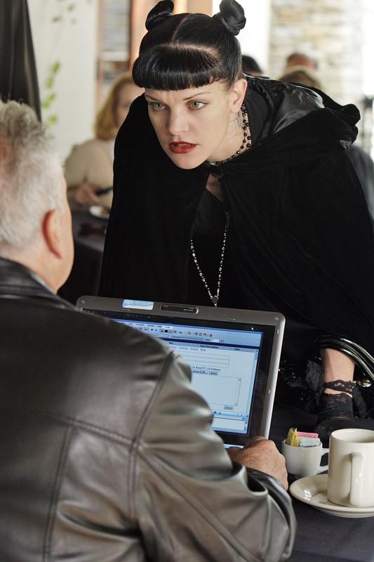 Pauley Perrette in una scena dell'episodio 'Toxic' della 6 stagione di Navy NCIS