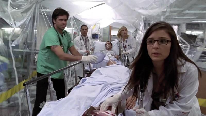 Foto di scena della 15 serie di 'E.R.Medici in prima linea'