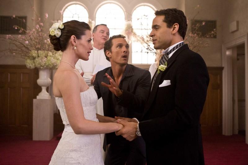 Jennifer Garner, Tom Kemp, Matthew McConaughey e Daniel Sunjata in una scena del film La rivolta delle ex