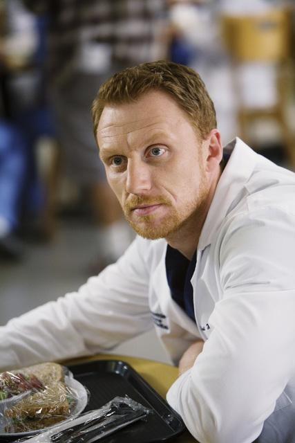 Kevin McKidd in una scena dell'episodio Beat Your Heart Out di Grey's Anatomy