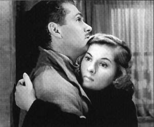 Laurence Olivier e Joan Fontaine in una sequenza di Rebecca, la prima moglie