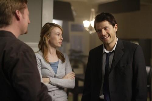 Misha Collins e Wynn Everett nell'episodio The Rapture di Supernatural