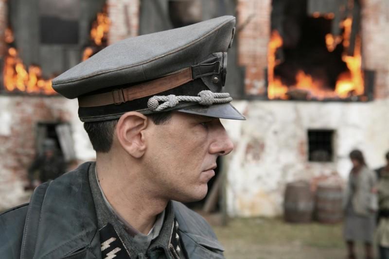 Stefano Dionisi in una scena del film Il sangue dei vinti