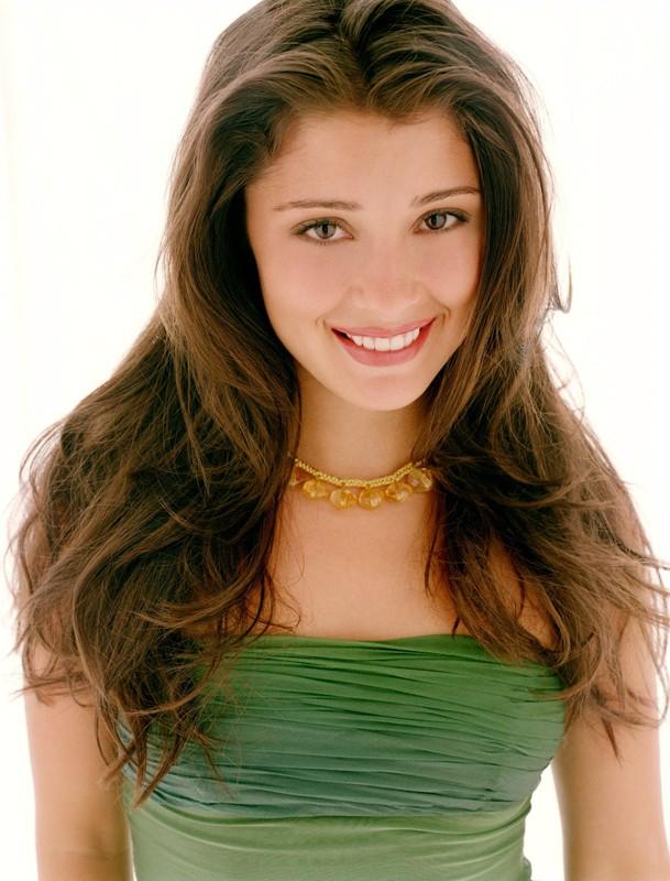 Una sorridente Shiri Appleby