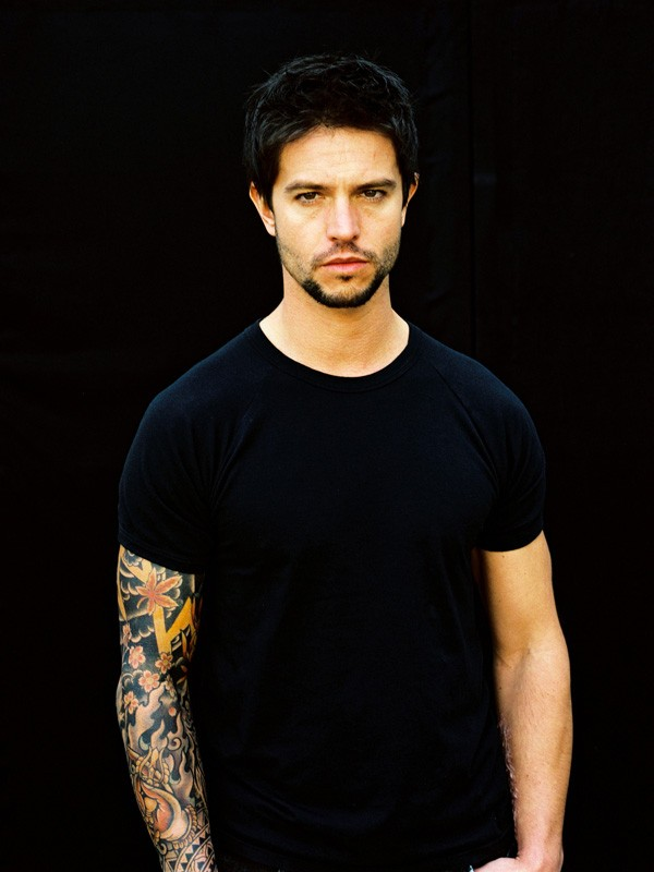 Foto promo di Jason Behr per il fim 'The Tattooist'