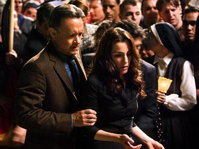 Robert Langdon (Tom Hanks) e Vittoria Vetra (Ayelet Zurer), protagonisti di Angeli e Demoni
