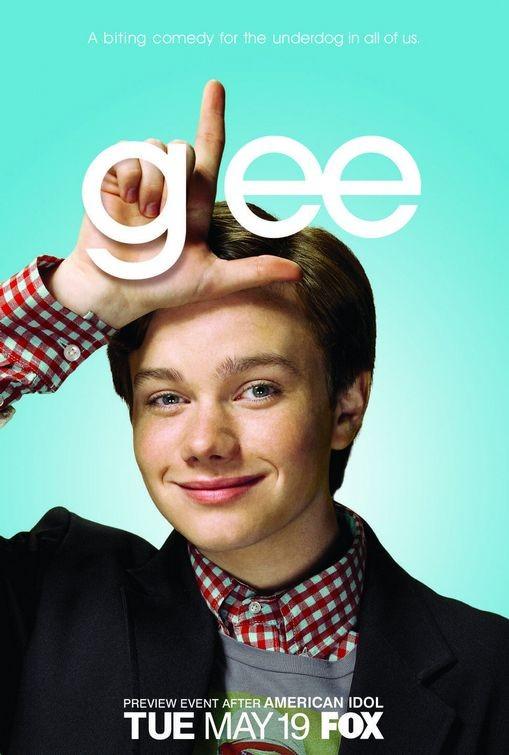 Character poster di Glee sul personaggio interpretato da Chris Colfer