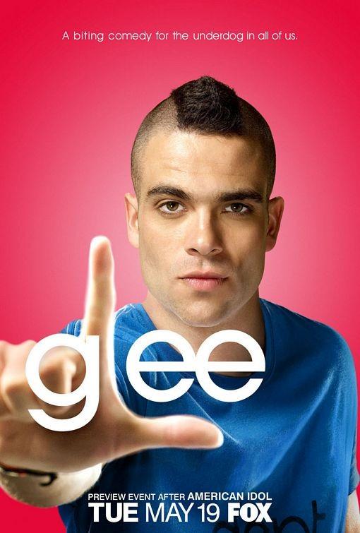 Character poster di Glee sul personaggio interpretato da Mark Salling