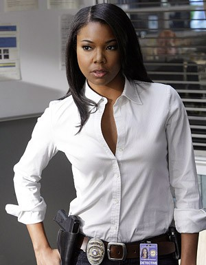 Gabrielle Union in una scena dell'episodio '3 Women' della serie tv Life