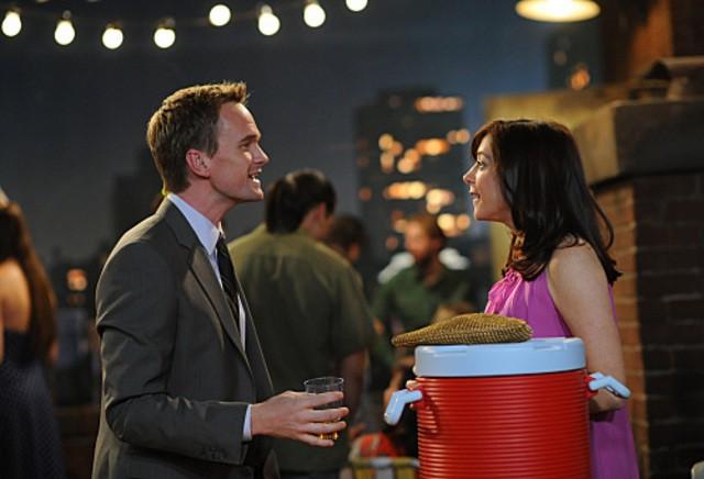 Neil Patrick Harris ed Alyson Hannigan in una scena dell'episodio The Leap di How I Met Your Mother