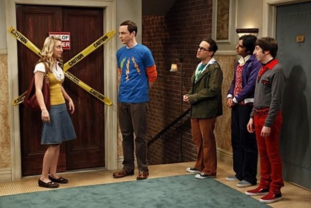 Una scena di gruppo dell'episodio The Hofstadter Isotope di The Big Bang Theory