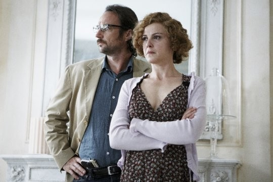 Alberto Molinari e Valeria Milillo in una scena del tv movie So che ritornerai