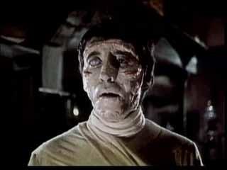 Christopher Lee è la creatura in La maschera di Frankenstein