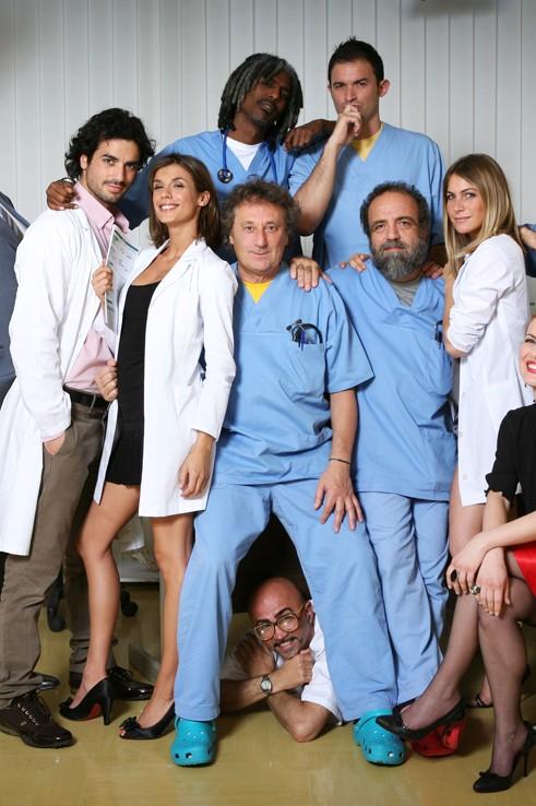 Il cast della serie televisiva Medici miei
