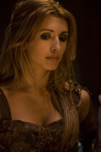 India de Beaufort è Aneka nella serie Kröd Mändoon and the Flaming Sword of Fire