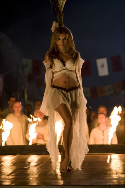 India de Beaufort in una immagine sexy della serie Kröd Mändoon and the Flaming Sword of Fire