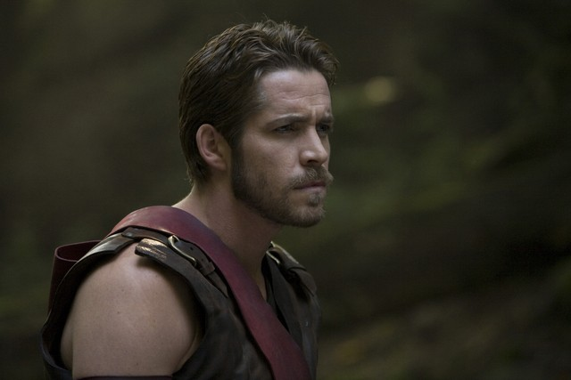 Sean Maguire in una scena della serie Kröd Mändoon and the Flaming Sword of Fire