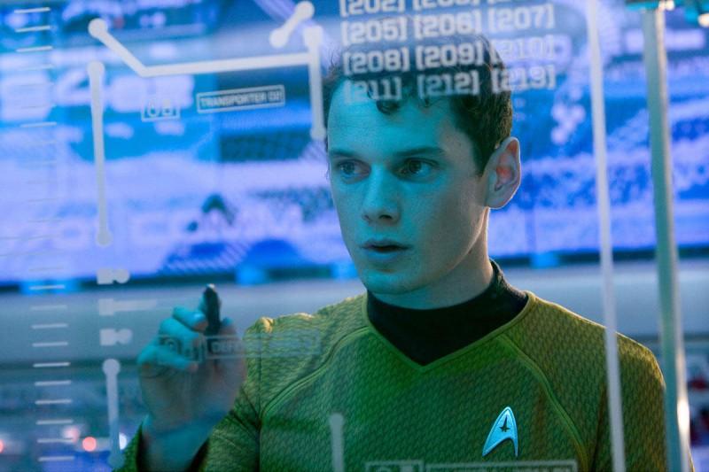 Anton Yelchin è Pavel Chekov nel film Star Trek