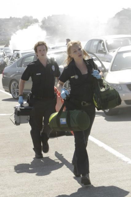 Billy Lush ed Anastasia Griffith in una scena della serie Trauma
