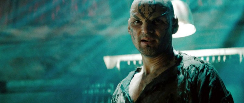 Eric Bana è Nero nel film Star Trek
