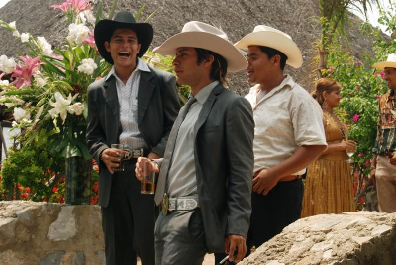 Gael García Bernal e Diego Luna in una sequenza del film Rudo y Cursi