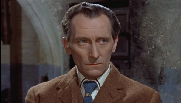 Peter Cushing è il dottor Van Helsing in Le spose di Dracula ...