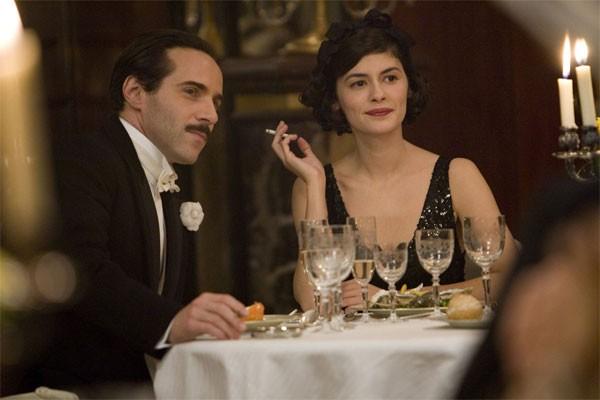 Alessandro Nivola e Audrey Tautou in Coco avant Chanel